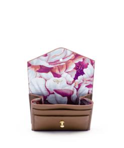 aurora-bee-carteira-pequena-caramelo-5-frente-inclinado